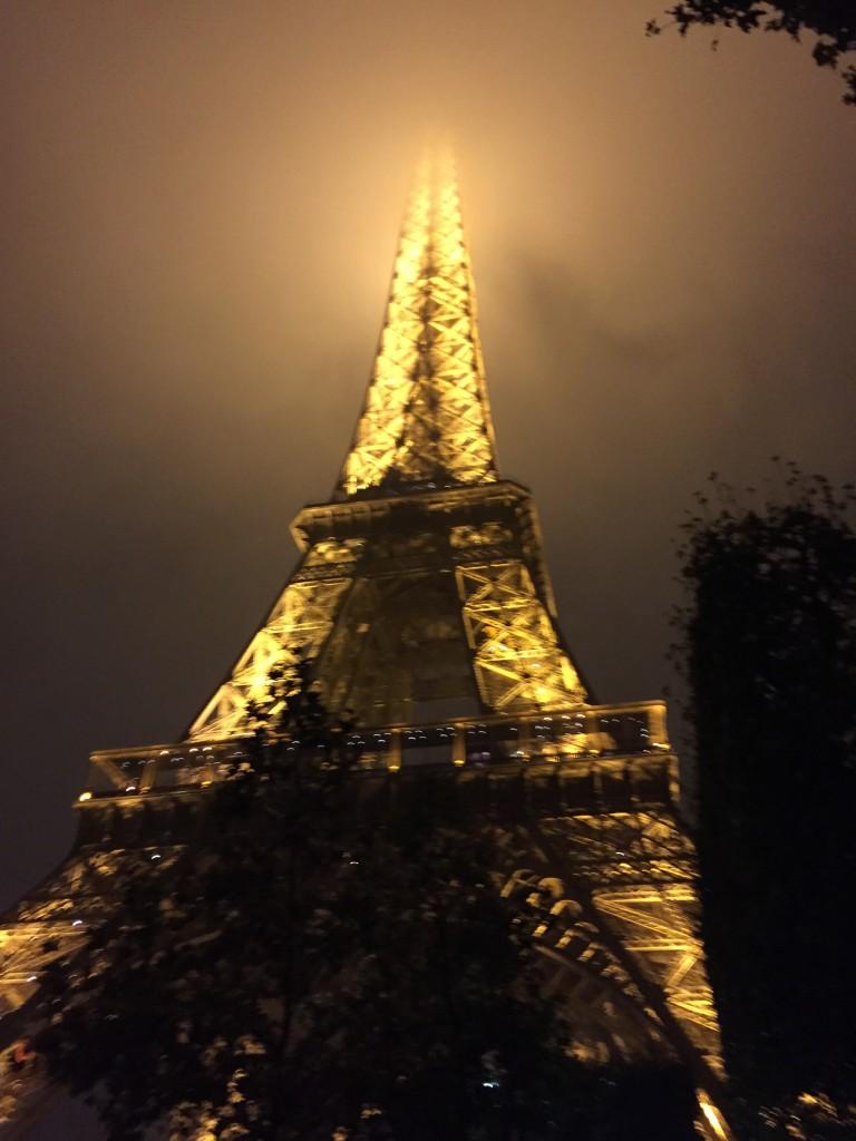 Le Tour D' Eiffel